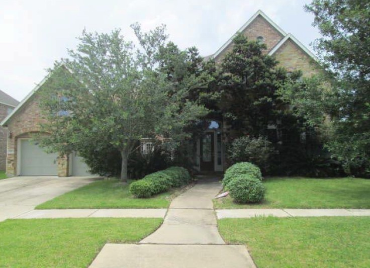 2517 W Ranch Drive, one of homes for sale in Friendswood