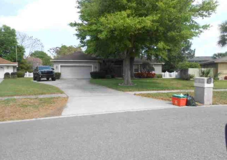 One of Orlando Southwest 4 Bedroom Homes for Sale