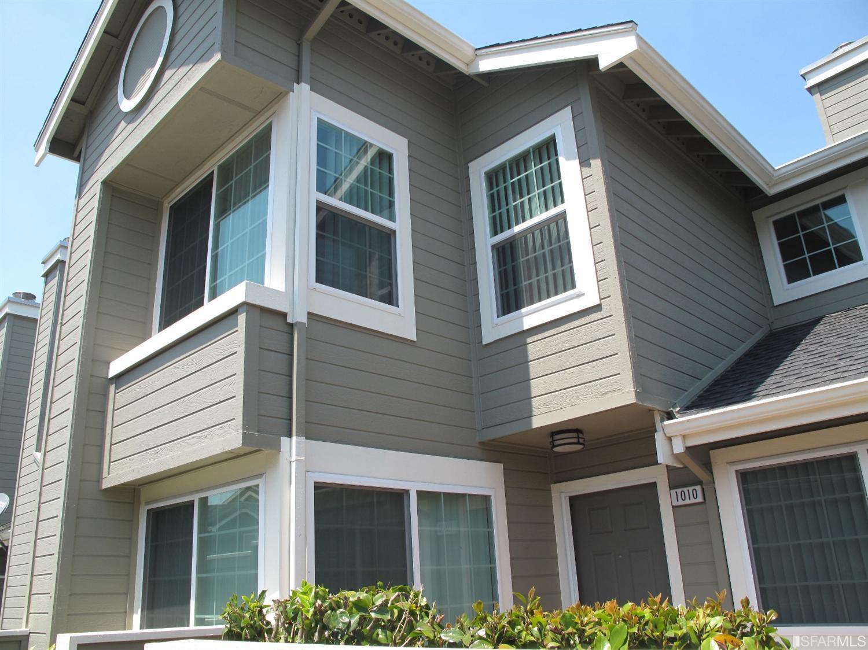1010 Arlington Ln, Daly City, CA 94014