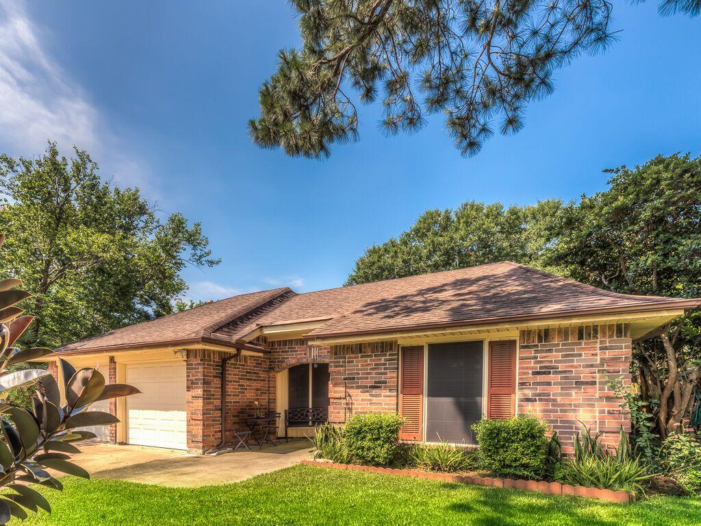 5308 Wildflower Pl, League City, TX 77573