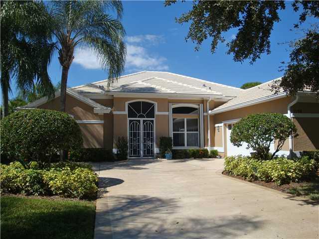 2198 Sw Whitemarsh Way, Palm City, FL 34990
