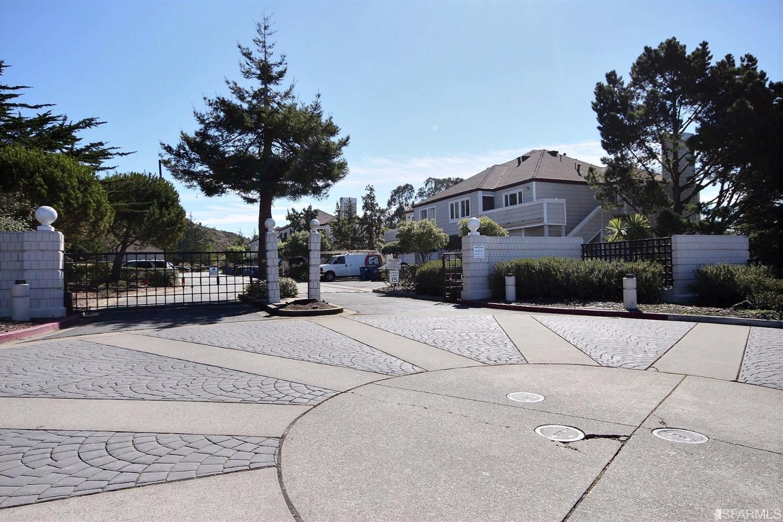 853 Green Ridge Dr # 3, Daly City, CA 94014