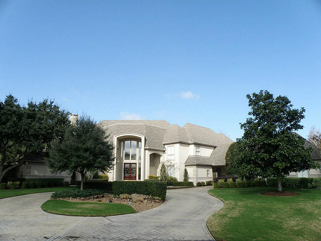 1901 Carriage Creek Ln, Friendswood, TX 77546