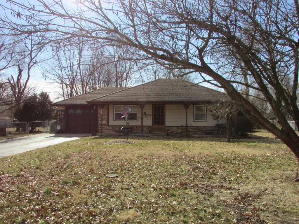 414 W Harrison St, Republic, MO 65738