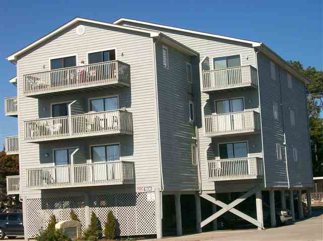 1208 S Ocean Blvd # J, North Myrtle Beach, SC 29582