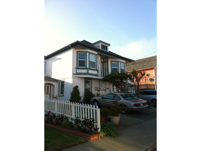 262 Station Ave, Daly City, CA 94014