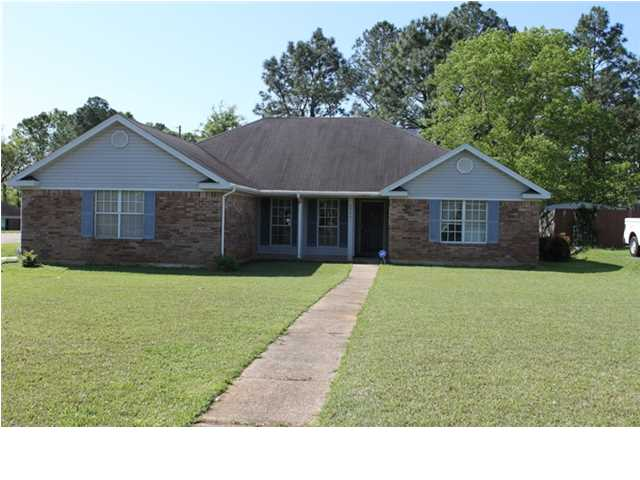 2290 Bobwhite Ct, Mobile, AL 36695