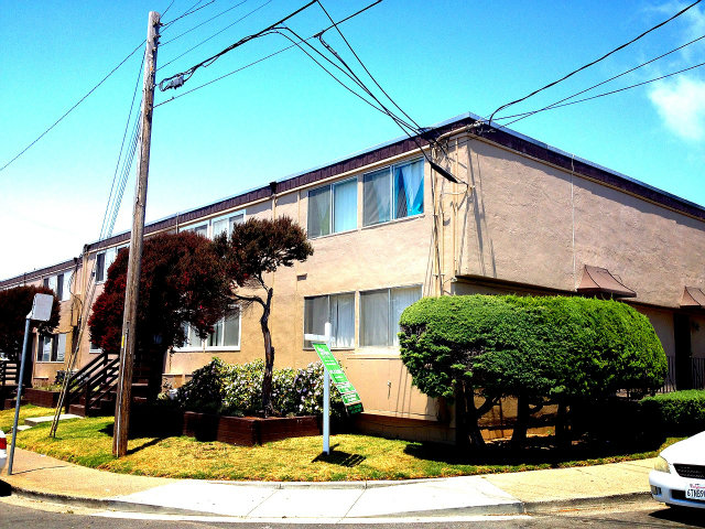 51 Chester St # 2, Daly City, CA 94014