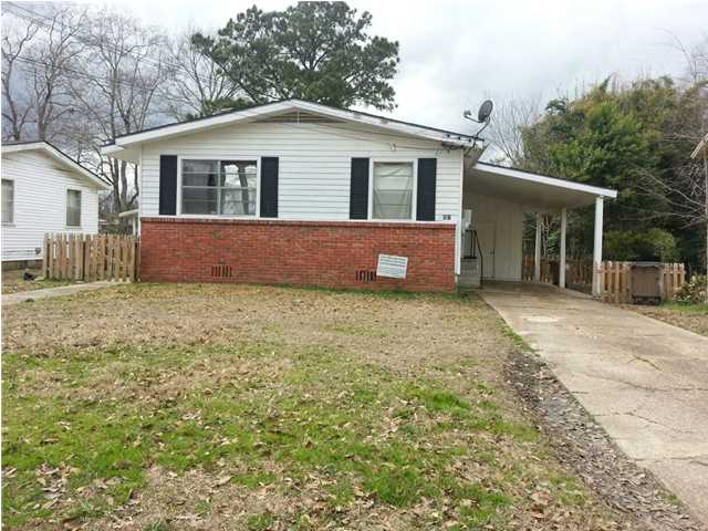 460 Pinehill Dr, Mobile, AL 36606