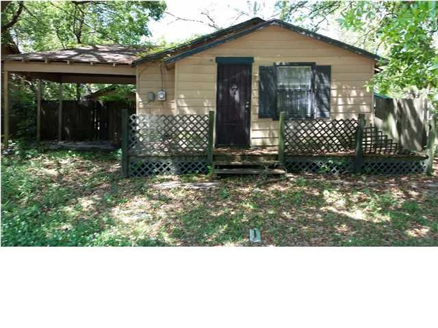 108 6th Ave, Chickasaw, AL 36611
