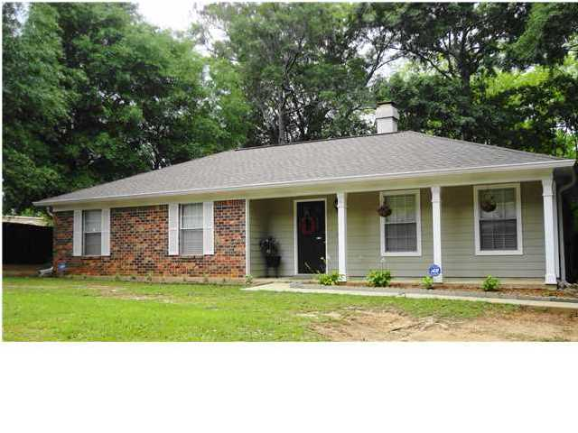 8310 Pinebough Ave, Mobile, AL 36695