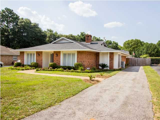 6608 Chimney Top Dr N, Mobile, AL 36695