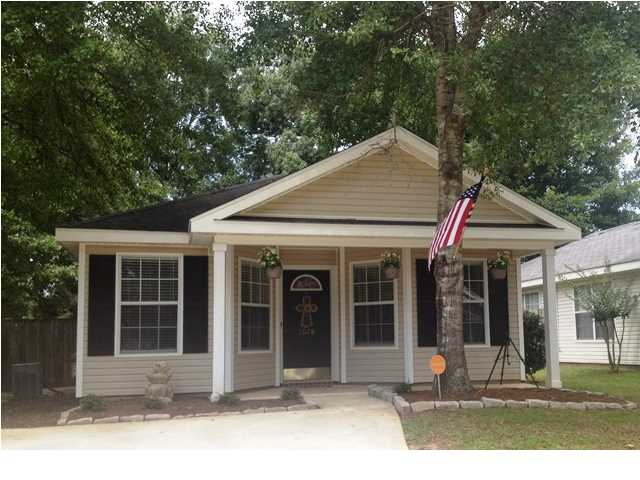 2078 Laurel Oak Ct, Mobile, AL 36695