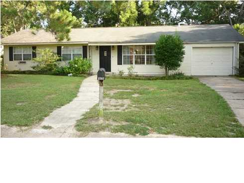 2767 S Sherwood Dr, Mobile, AL 36606