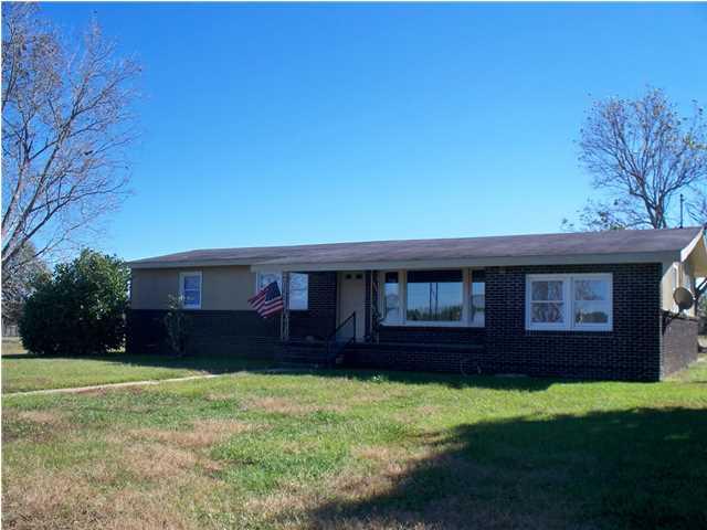 19640 County Road 64, Robertsdale, AL 36567
