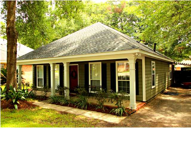1107 Wesley Ave, Mobile, AL 36609