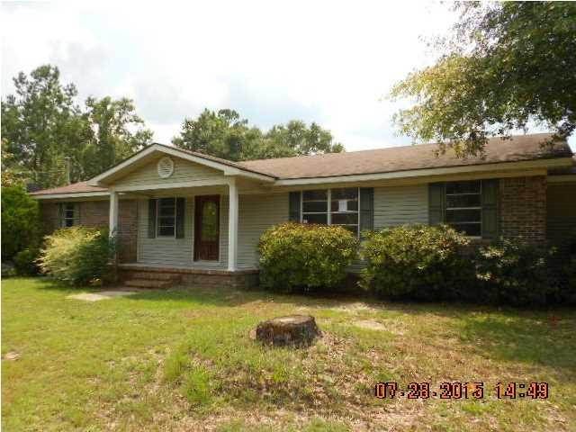 8445 Harwell Rd, Citronelle, AL 36522