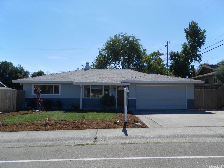 6149 Woodside Dr, Rocklin, CA 95677