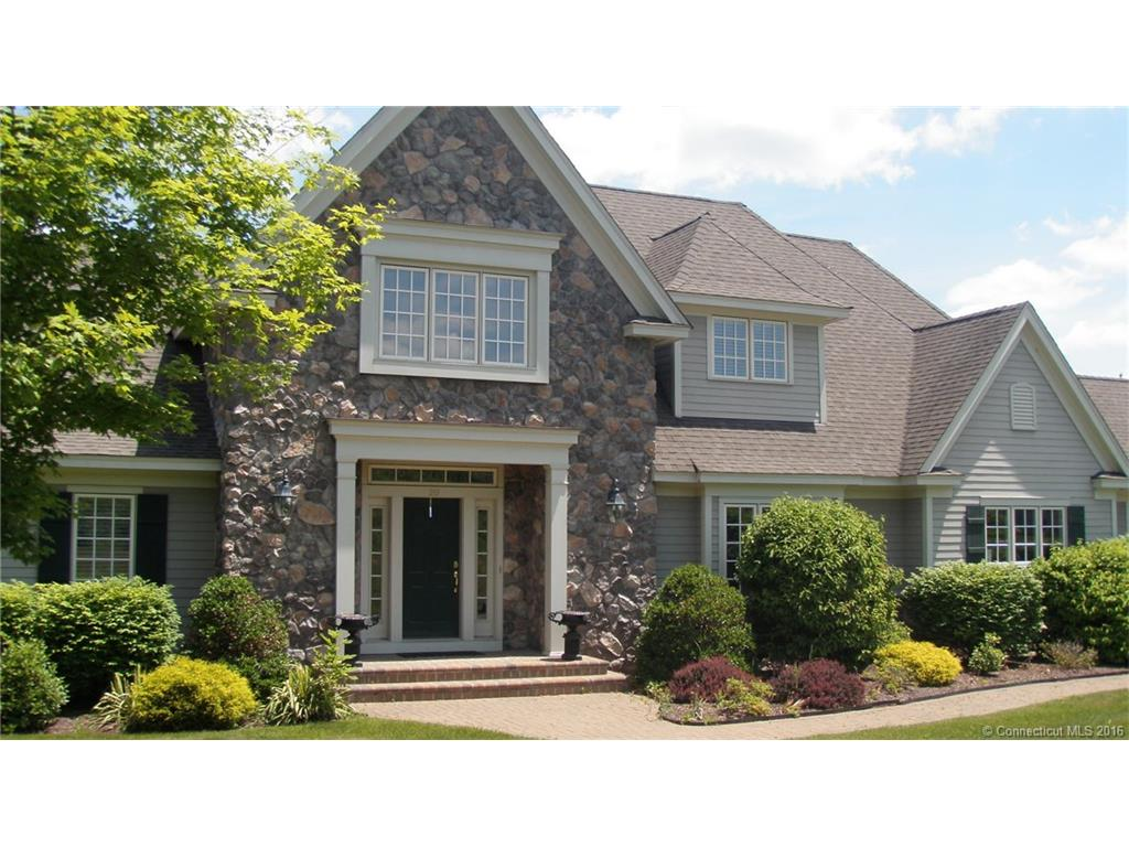 20 Somerset Dr, Middlebury, CT 06762