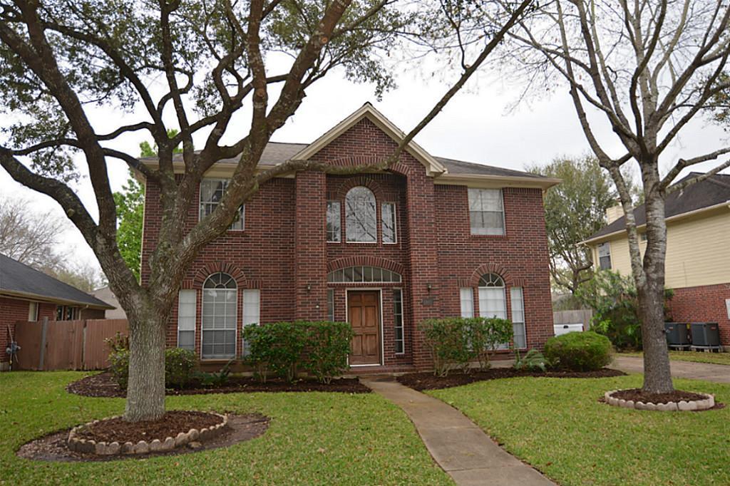 1901 La Salle St, Friendswood, TX 77546