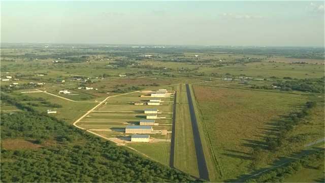 12089 Cessna Pl, Brookshire, TX 77423
