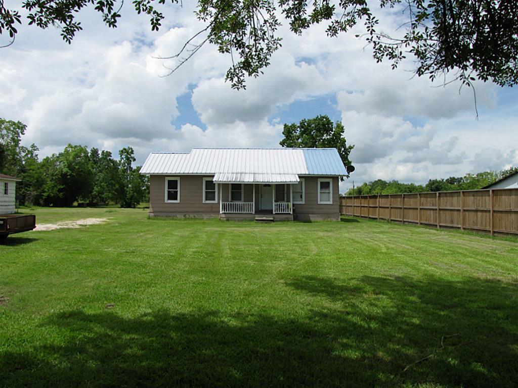 4461 County Road 537, Alvin, TX 77511