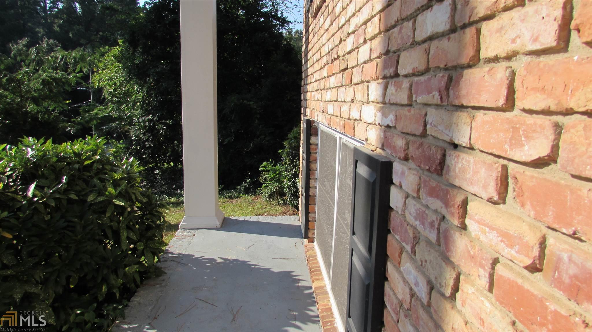2773 The Fontainebleau SW Atlanta, GA