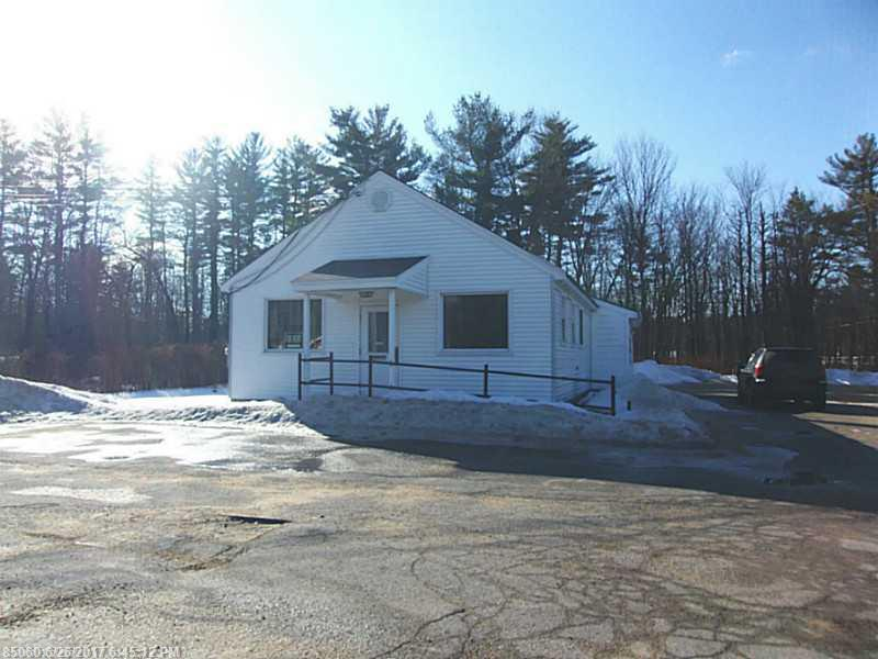 9 Little River Rd, Lebanon, ME 04027
