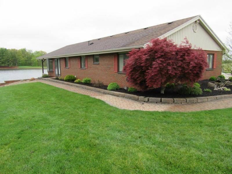 6675 Woolard Rd NE, Pleasantville, OH 43148