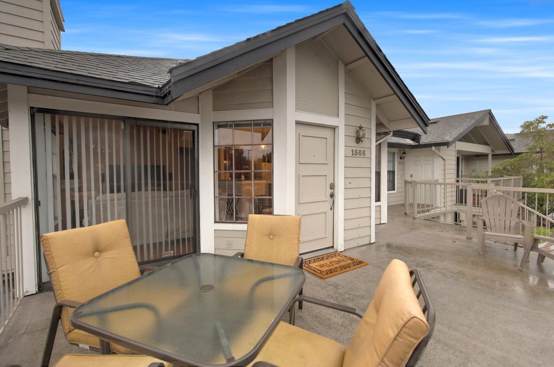 1566 Vista Del Sol # 1, San Mateo, CA 94404