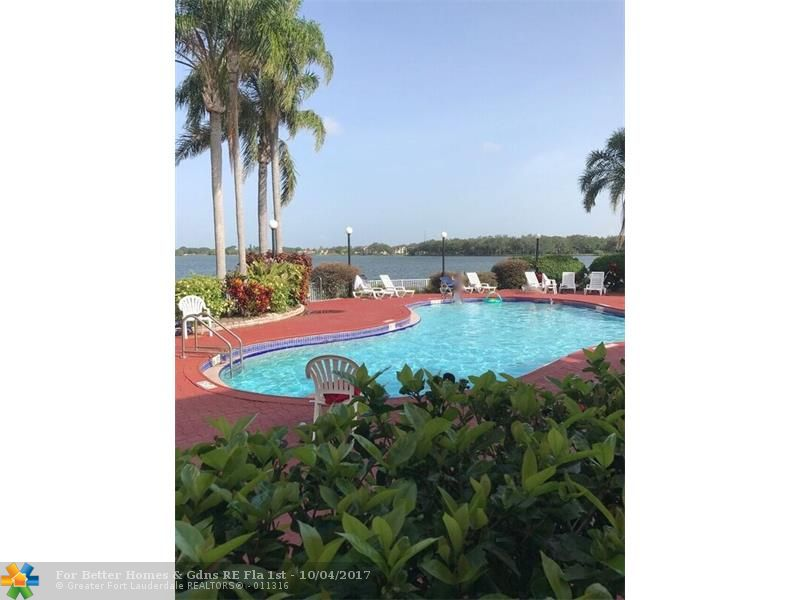 2841 N Oakland Forest Dr Fort Lauderdale, FL