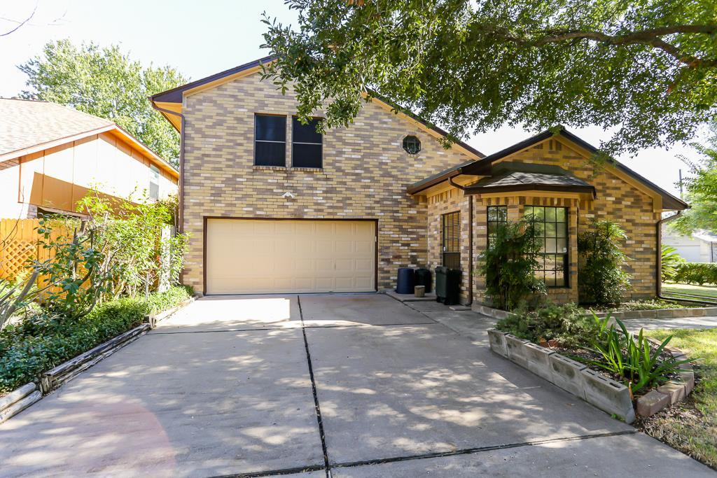 12419 Grove Meadow Dr, Stafford, TX 77477
