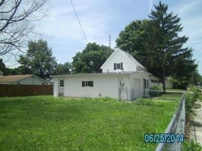413 Sherman St, Lynn, IN 47355
