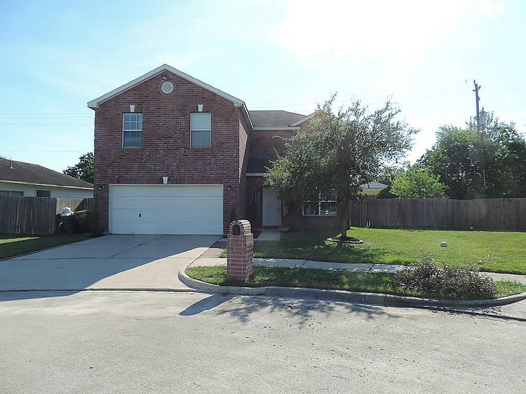 3803 Water Canyon Rd, Baytown, TX 77521