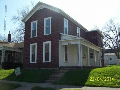 612 S Main St, Winchester, IN 47394