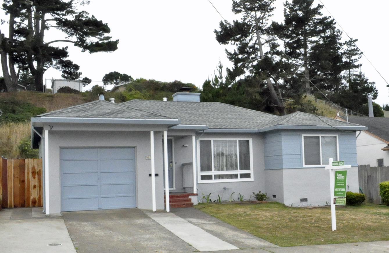 863 Larchmont Dr, Daly City, CA 94015