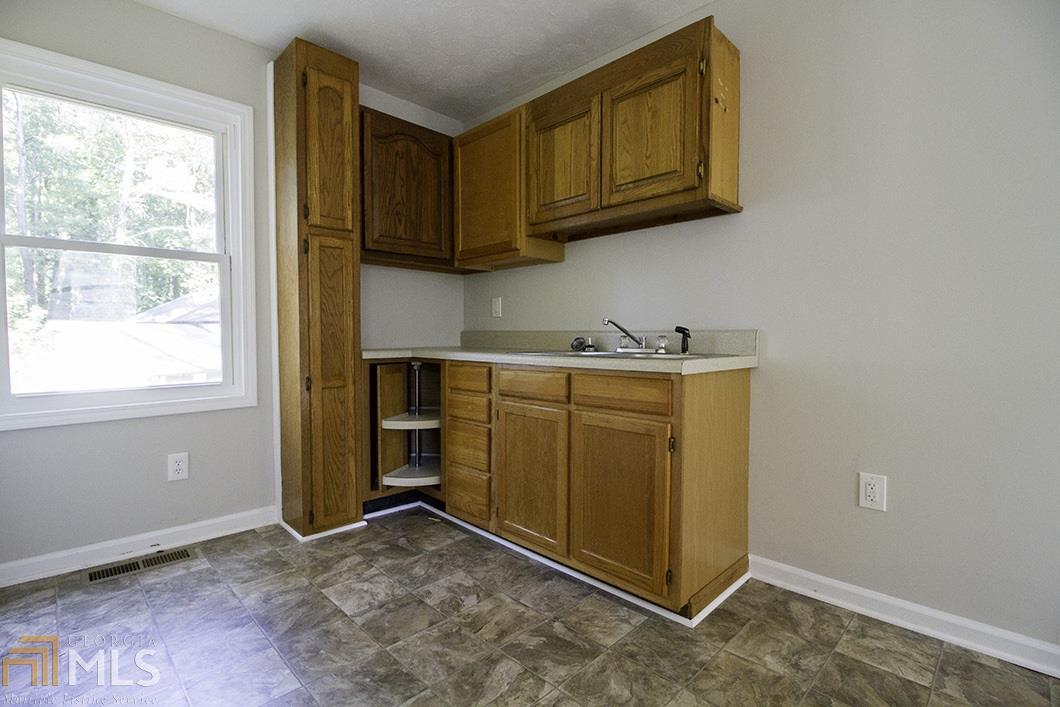 1544 Pine Log Pl SW Austell, GA