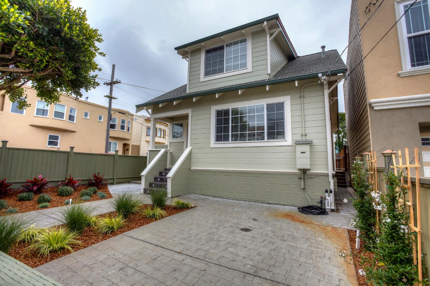 138 Oliver St, Daly City, CA 94014