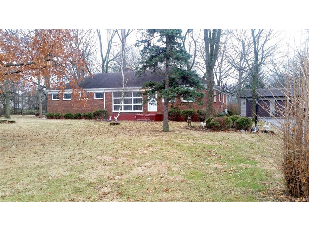 5862 W Wenger Rd, Clayton, OH 45315