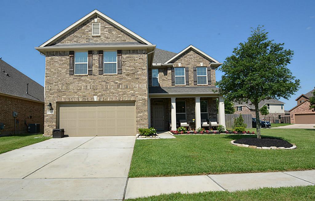 11415 E Lake Gables Dr, Richmond, TX 77406