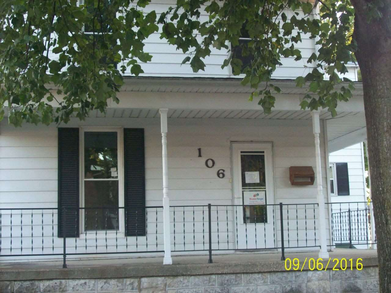 106 N Market St, Liberty, IN 47353