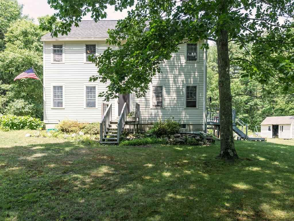 103 Mountain Rd, Cape Neddick, ME 03902