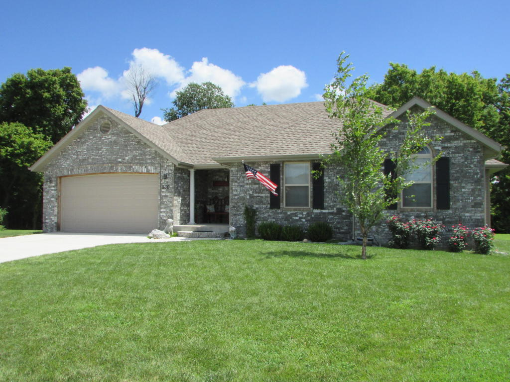 530 S Patterson, Republic, MO 65738