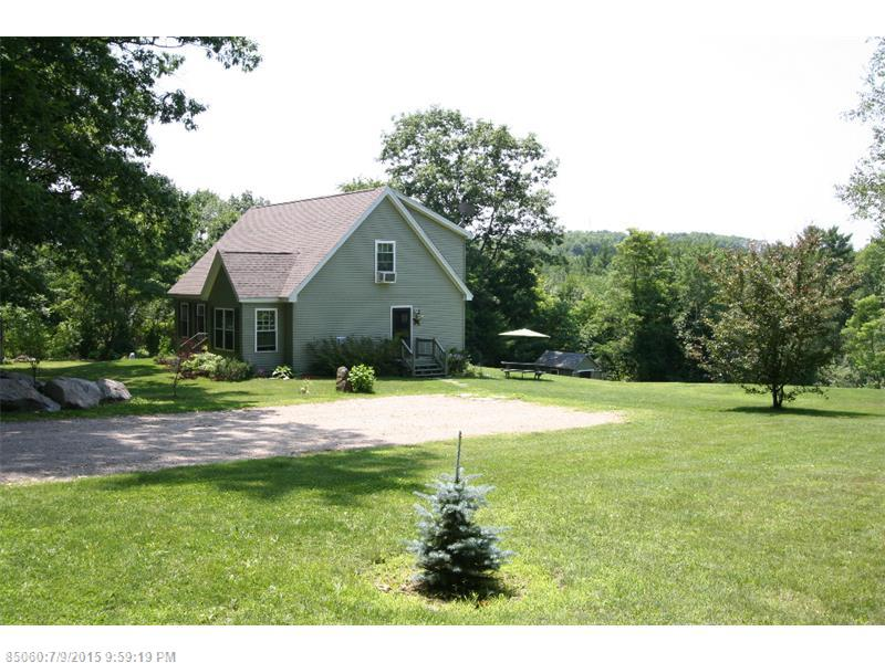 32 Bartlett Ln, Eliot, ME 03903