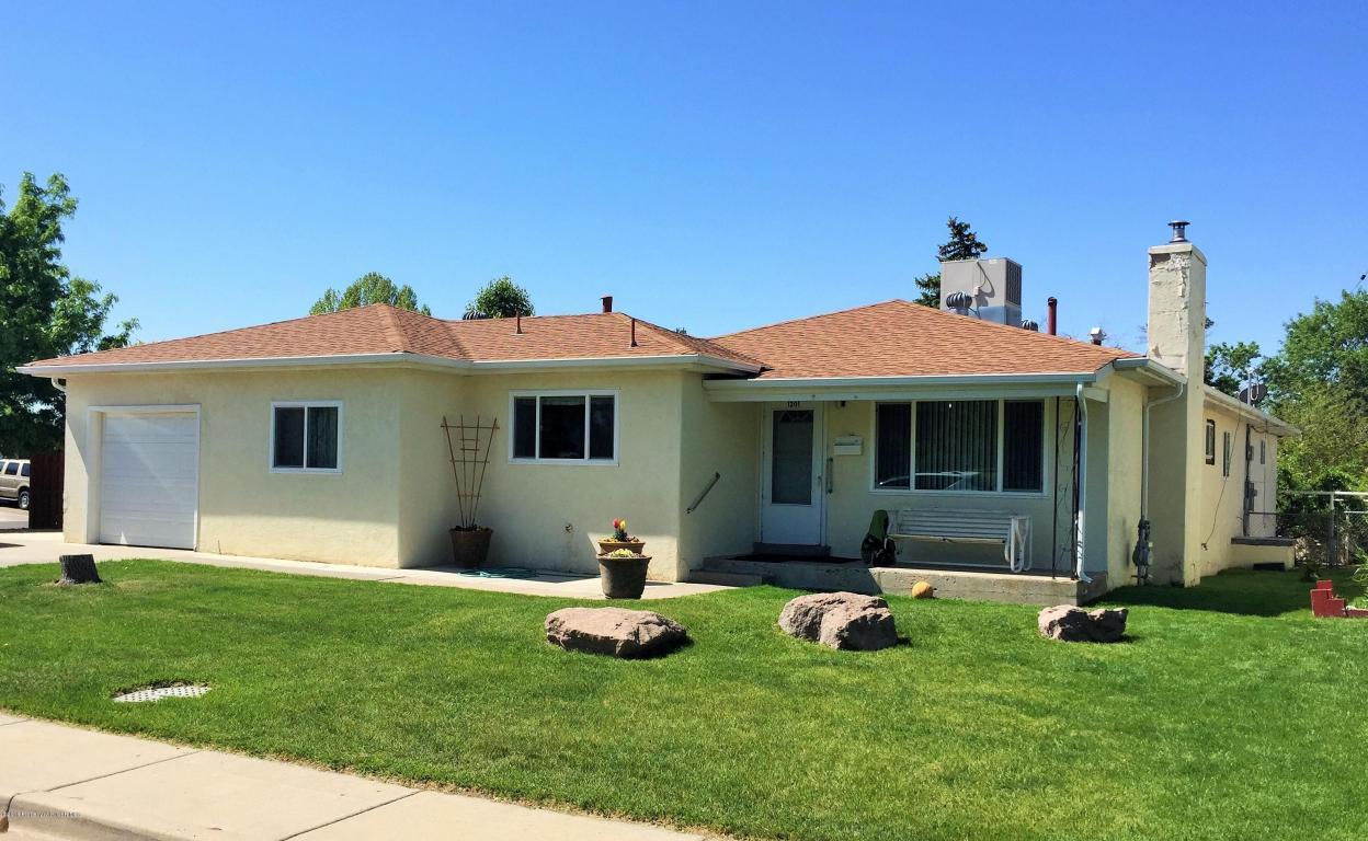 1201 N Mesa Verde Ave, Farmington, NM 87401