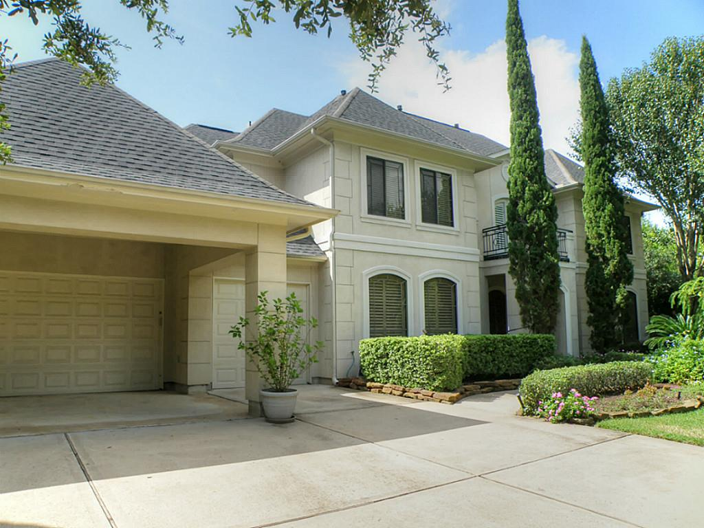 906 Bentwood Ct, Friendswood, TX 77546