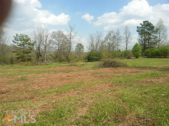 S Apple Valley Rd, Commerce, GA 30529