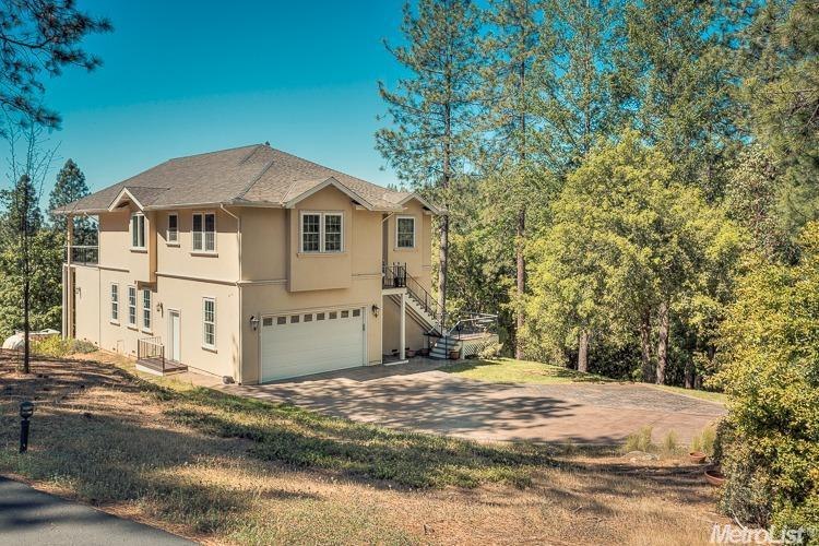 22068 Farrier Ct, Foresthill, CA 95631