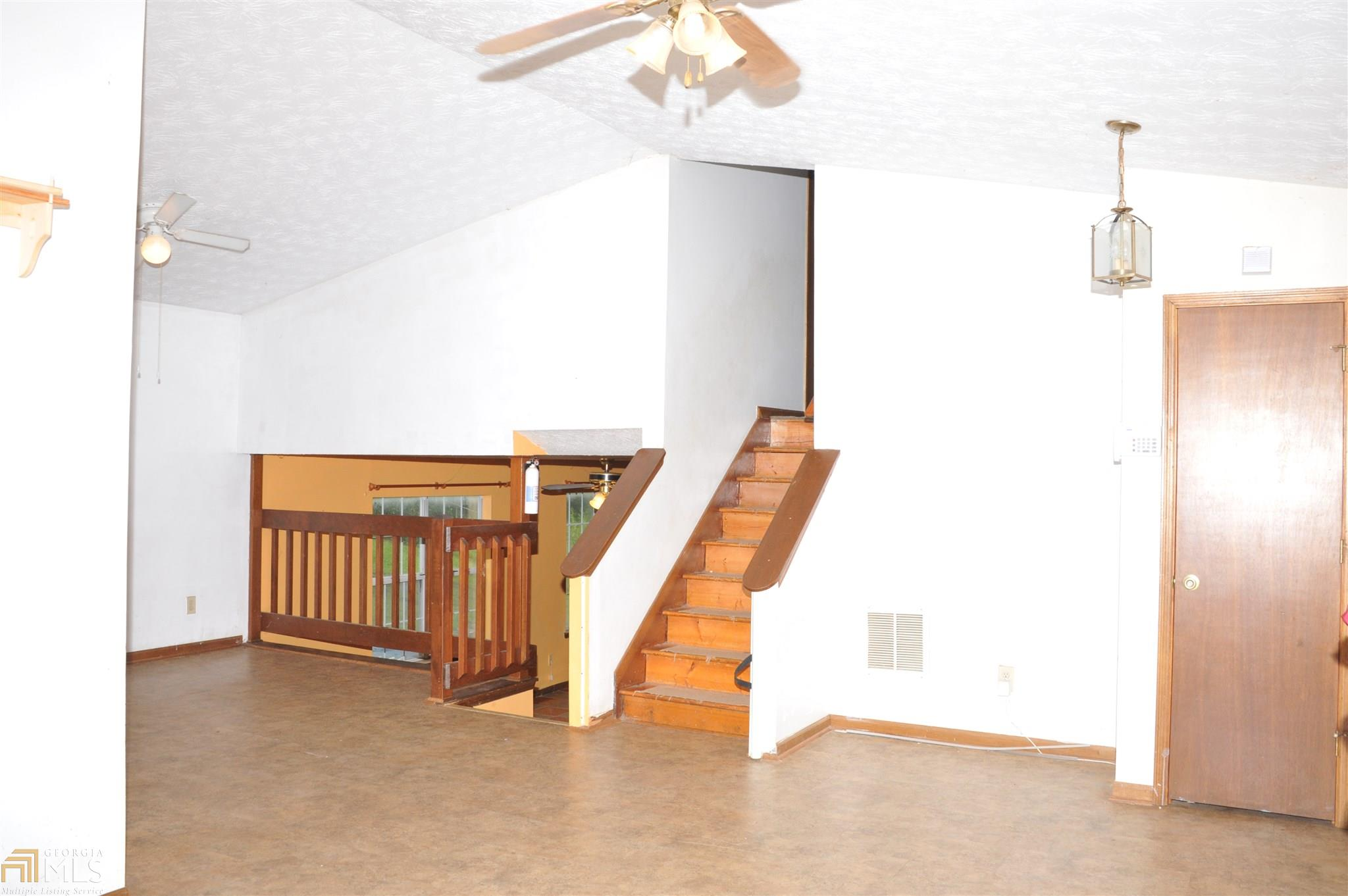 6162 Amberly Rd Rex, GA