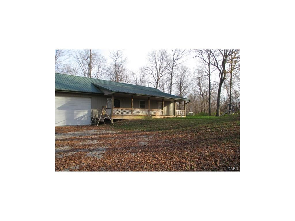8449 Wolfrey Rd, New Paris, OH 45347